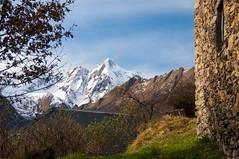 Hameau de Rouze (Ariège) (PierreG_09) Tags: ariège pyrénées pirineos couserans occitanie midipyrénées montagne village hameau rouze ustou salat montvalier valier