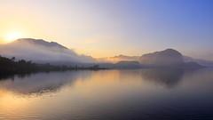 Høgsfjorden 12.mai Soloppgang Tåke (bjarne.stokke) Tags: høgsfjorden forsand ryfylke rogaland tåke fog sunrise soloppgang speiling reflections norge norway norwegen noreg