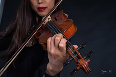 Mika, violoniste