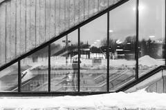 Diagolnale (Lionelcolomb) Tags: montréal québec canada lines lignes diagonale geometric noirblanc noiretblanc bw blackwhite reflect reflextion urban architecture metro jean drapeau canon 1200d apple imac sigma adobe lightroom