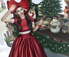 Cozy Little Christmas (Trixie Pinelli) Tags: deaddollz santaincby}novelevents{ lelutka korina mesh bento maitreya glamaffair collabor88 c88 stealthic mainstore newrelease lagyo fameshed stardust luanesworld apparel fashion clothing shopping gown formal christmas skinapplier bom bakesonmesh hair hairstyle hairdressing accessories jewelry jewellery bag handbag headpiece earrings pose animation lumipro digital avatar secondlife sl vr virtualreality virtualworld wordpress trixiepinellicom photography photographer blog blogger blogging brunette model modelling