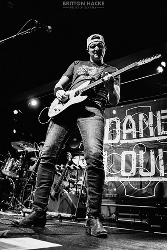 Joe Diffie & Dane Louis - 12.13.19 - Hard Rock Hotel & Casino Sioux City
