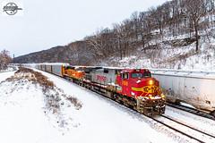 Westbound BNSF Vehicle Train at Sugar Creek, MO (Mo-Pump) Tags: train trains railroad railfan railroader railway railroading railroads railfanrailroader locomotive