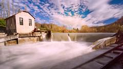 L'usine électrique (J. Borruel) Tags: poselongue eau électricité usine gave courant