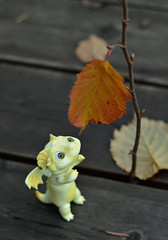 The very last leaf (air_dan) Tags: bjd dragon pet mariya zhukova cloverdolls