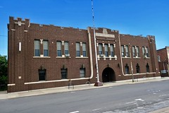 Armory, Monmouth, IL (Robby Virus) Tags: monmouth illinois il armory armoury crossing church national guard sixth infantry brick building architrecture