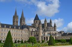 Abadía de los Hombres (Caen) (Heleplatas) Tags: abadía caen arquitectura normandía verano