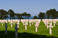 Cementerio Americano -Omaha Beach (Heleplatas) Tags: cementery cruces mar normandía norrmandie normandy omahabeach eeuu usa