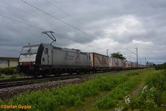 TX Logistik BR 185 407-4 (isebahnverchehr.ch) Tags: txlogistik mrce bombardier traxx br185 rheintalbahn