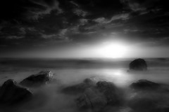 Seascape at dawn (Fabrizio Massetti) Tags: seascape sun sunrise sunlight nikond3 carlzeiss21mmf28 bw fabriziomassetti italia marche clouds