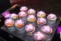 IMG_6916 (Zefrog) Tags: zefrog giambrone gaylawyers thelightlounge qxmagazine qx1286 party bar lgbt gay cupcakes
