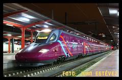 Avlo Chamartín (--- juanito ---) Tags: renfe talgo ave avlo low cost pantone morado 112 020 adif chamartin liberalizacion spain tren train rail railway dmu