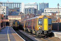 172217 Class 172 (Roger Wasley) Tags: 172217 class172 dmu birmingham moorstreet station westmidlands railway train engine