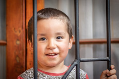 Pipe (Doblax Photographics) Tags: retra portrait boy children niño 50mm canon canon200d canonsl2 200d sl2 canon50mm 50mm18