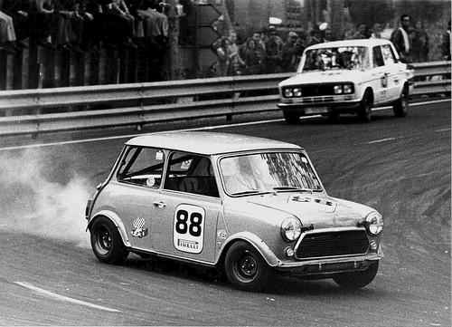 Circuito de Montjuich 1973 Authi MINI 1275 C Gr. 2