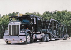 Kenworth W900: Flynn Motors (PAcarhauler) Tags: kw kenworth carcarrier semi trailrt tractor