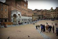 Siena, Italy April 2015 (Hermann Neu aka Hanoi) Tags: city toskana italien italy xe2 fujifilm toscana
