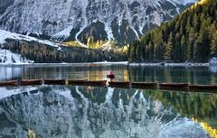 Solitari (giannipiras555) Tags: lago riflessi barche montagna alberi natura dolomiti trentino alba sole luce nikon panorama paesaggio colori