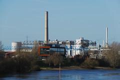Industrial complex (frankdorgathen) Tags: alpha6000 sony18200mm schornstein chimney industrie industry rheinland düsseldorf hafen harbor harbour industriegebiet industrialcomplex