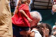Beijo em Criança não pode faltar (maxbsb) Tags: beneditadasilva circovoador lula lulaabraçaacultura pt pessoas riodejaneiro brasil