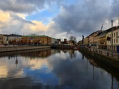 gothenburg (helena.e) Tags: sky cloud reflection water göteborg gothenburg himmel vatten moln spegling helenae bus tram spårvagn buss