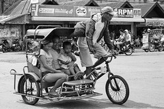 Shy and amused (Beegee49) Tags: street people tricycle shy laughing transport blackandwhite monochrome sony a6000 bw bacolod city philippines asia happyplanet asiafavorites