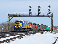 Junction Arrival (Joseph Bishop) Tags: crex 1506 ge es44ac cndundassubdivision paris parisjunction signals trains train track tracks railfan r railroad railway rail rails