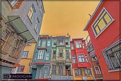 ISTANBUL (01dgn) Tags: istanbul balat turkey türkiye türkei travel colors oldcity altstadt cityscape city streetphotography wideangle weitwinkel canoneos77d