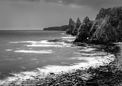 Duncansby Head (Pexpix) Tags: nc500 morning beach blackandwhite monochrome ocean shore water dawn sky 攝影發燒友 lightland longexposure seastack sea bw lightandland northcoast500 wick scotland unitedkingdom