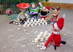 Elf snow ball fight (TristianSargeant) Tags: elfontheshelf elfontheshelfideas elf toystory buzzlightyear jessie snowball fight snow attack funny fun christmas