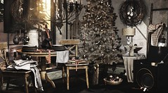 December Eve (Alexa Maravilla/Spunknbrains) Tags: nutmeg applefall theepiphany secondlife christmas decor decoration blog blogger digitalphotography virtual virtualworld virtualliving indoors antique wreath tree interiordesign table chairs home house 3d mesh