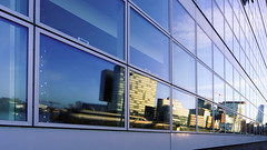 Urban reflection (frankdorgathen) Tags: alpha6000 sony1018mm weitwinkel wideangle büro office architecture architektur glass glas facade fassade spiegelung reflection gebäude building düsseldorf mediaharbour medienhafen