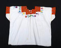 Maya Chiapas Mexico Blouse Textiles (Teyacapan) Tags: maya ropa clothing museum blouses blusas chiapas larrainzar textiles