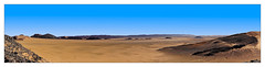 Le désert (Jean-Louis DUMAS) Tags: maroc dune sable paysage landscape landscapes dreams nature ciel sky blue people cloud nuage dream trip travel traveler lanscapes desert montagne rock rocher panoramique panoramic panorama
