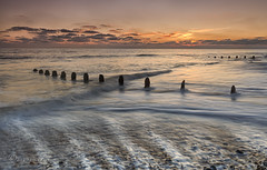 Backflow (Through Bri`s Lens) Tags: sussex worthing kingstongorse sunsetoverwater groynes beachphotography tide brianspicer canon5dmk3 canon1635f4 leereversegrad