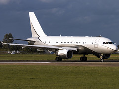 Global Jet Luxembourg | Airbus A319-115(CJ) | LX-GVV (Bradley's Aviation Photography) Tags: egsh nwi norwich norwichairport canon70d avgeek acj a319 globaljetluxembourg airbusa319115cj lxgvv airbus aviation flying plane