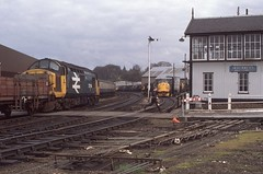 ACTION STATIONS (Malvern Firebrand) Tags: 37114 freight inverness rose street 1980s scotland highlands loco locomotive diesel engine 37 class37 37xxx largelogo signal box people signals semaphores vehicles trains railways transport rail nostalgia history locoshed shed outdoors urban tracks
