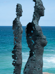 Figures from the sea (grannie annie taggs) Tags: sculpture bronze metal profile two