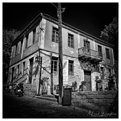 Brick House (Alfred Grupstra) Tags: blackandwhite old oldfashioned history house obsolete architecture buildingexterior builtstructure retrostyled antique cultures window residentialbuilding abandoned outdoors monochrome victorianstyle urbanscene facade