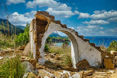 2018_Mallorca_lost place (Joachim Spenrath Münster, Germany) Tags: mallorca spain view holiday blue brown balearicislands urban landscape outside old house mediterraneansea ruins building sky clouds lostplace