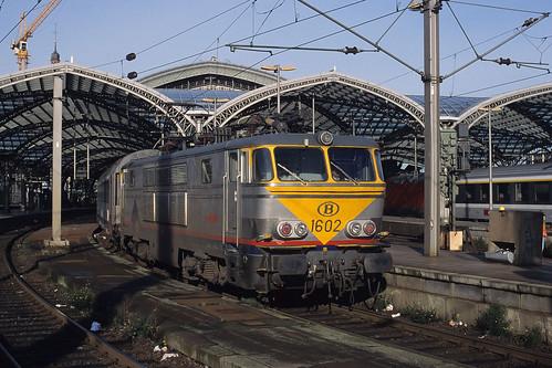 HLE 1601 + D 411, Köln Hbf, Monday 02/11/1998