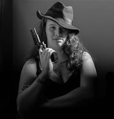 Silvia (BenoitGEETS-Photography) Tags: actress actrice theatre bw bn nikon nb noiretblanc nikonpassion gun hat arme pistolet chapeau d610 2470 tamron