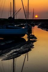Golden Gulley (Tony Shertila) Tags: boatyard riverdee england geotagged golden coast europe unitedkingdom britain heswall gbr boatreflection geo:lat=5332479460 geo:lon=312376296 sunset sun reflection mature wirral marches ©2019tonysherratt â©2019tonysherratt yard river boat dee 20190825201108heswallsunset