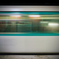 Tu Pari (e)s? (6line8) Tags: paris metro motionblur longexposure expositionlongue sonyalpha6000 bsquare square train