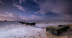 Essex  Thorpe Bay. (daveknight1946) Tags: essex thorpebay longexposure riverthames southend