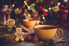 """""""AT CHRISTMAS, ALL ROADS LEAD HOME."""" –MARJORIE HOLMES (Chapter2 Studio) Tags: stilllife sonya7ii soft chapter2studio calm coffee cup cookies cinnamon christmas christmastree holiday hotdrink"""