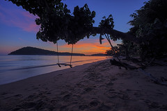 when the sun goes down (Tofubratwurst) Tags: sunset sonnenuntergang thailand thailandphoto thailandreise asia asien kohchang urlaub reiselust strand beach klongkloi tofubratwurst natur landscape landschaft meer sea fe1635mmf4zaoss sonyalpha7rm2