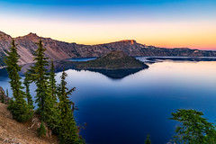 Truth be told. (Snap.off) Tags: craterlakenationalpark beautifulcolors beautiful nationalgeographic woods sonyimages mirrorless sonya7r2 sonya7rii sonyalpha sonyemount earthshots explore fantasticnature naturelovers naturephotography naturephotographer nature outdoors mountain mountains colorfully colorful color colors wideangle 28mm sel28f20 landscapephotography landscapes landscape seascape landmark historical nationalpark nationalparks ngc water lake oregon craterlake