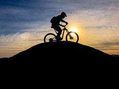 Last night. (Eric Zumstein) Tags: daveh iphone10 mountainbiking