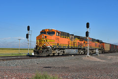 Splitting the signals. (Shane692) Tags: bnsf burligrton bn ge railroad railfanning railroads railfans rails rail row rr nebraska nikon